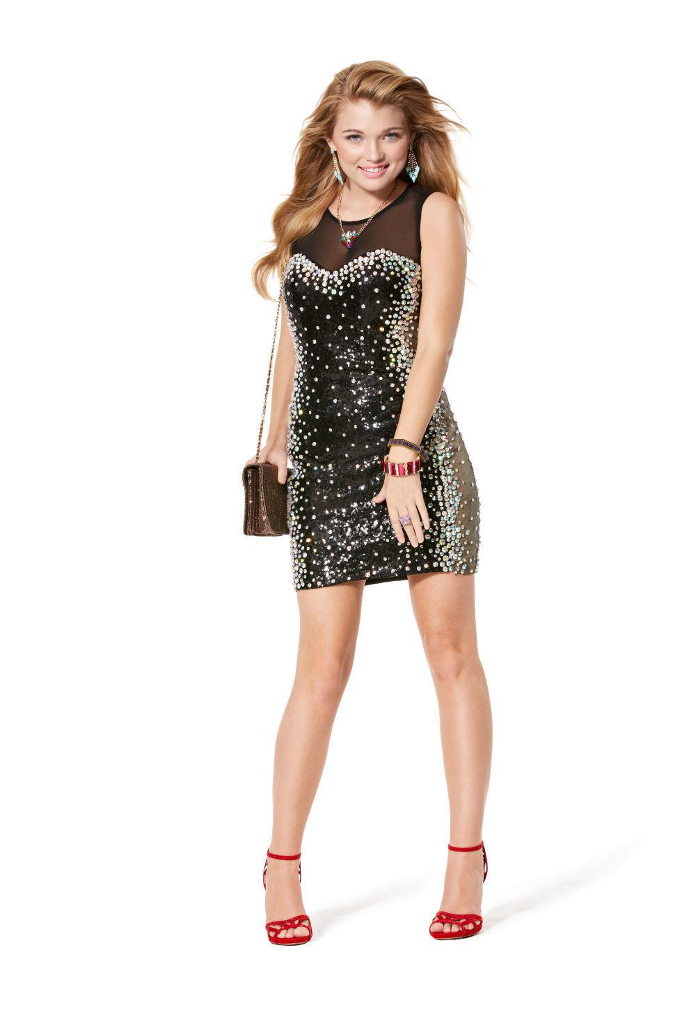 Forum on this topic: One Slip Dress, Three Different Ways, one-slip-dress-three-different-ways/