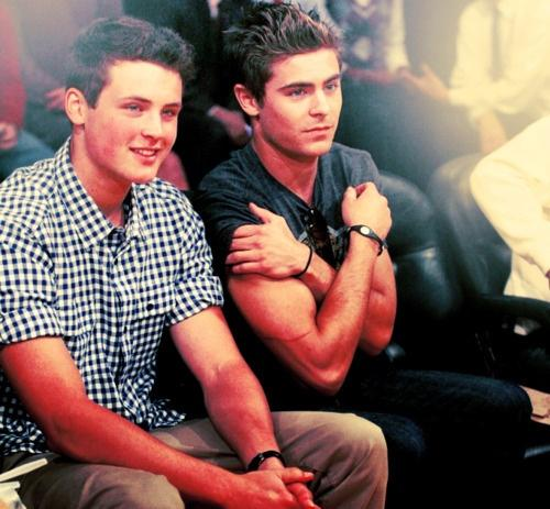 Zac Efron's Little Brother Dylan Is All Grown Up and Just ...