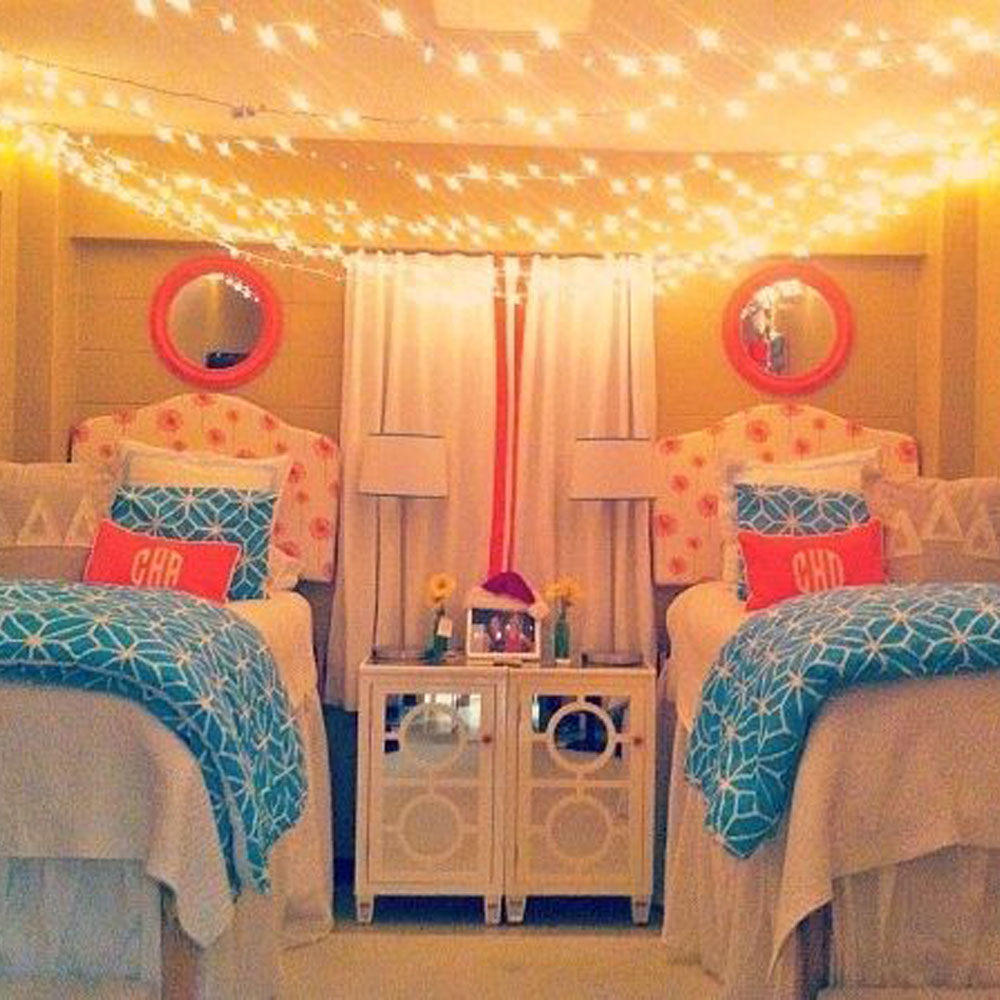 20 dorm room decor ideas dorm room decorations for Room decor dorm