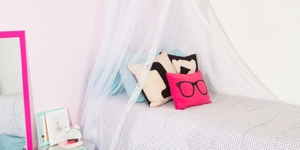 Design the dorm everyone wants to hang out in and make room for all your  stuff. Cool Diy Things To Do To Your Room