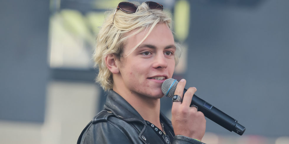 ross lynch i think about you скачатьross lynch illusion, ross lynch 2016, ross lynch i think about you, ross lynch 2017, ross lynch песни, ross lynch illusion скачать, ross lynch on my own, ross lynch песни скачать, ross lynch double take, ross lynch vk, ross lynch stuck on you перевод, ross lynch i think about you перевод, ross lynch i think about you скачать, ross lynch superhero, ross lynch on my own перевод, ross lynch a billion hits скачать, ross lynch on my own скачать, ross lynch twitter, ross lynch not a love song, ross lynch lyrics