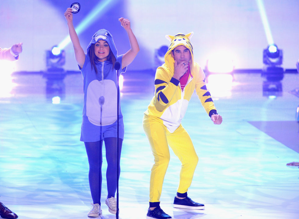 Everyone went wild for Lucy and Darren's purple hippo and yellow tiger onesies at the 2013 Teen Choice Awards.
