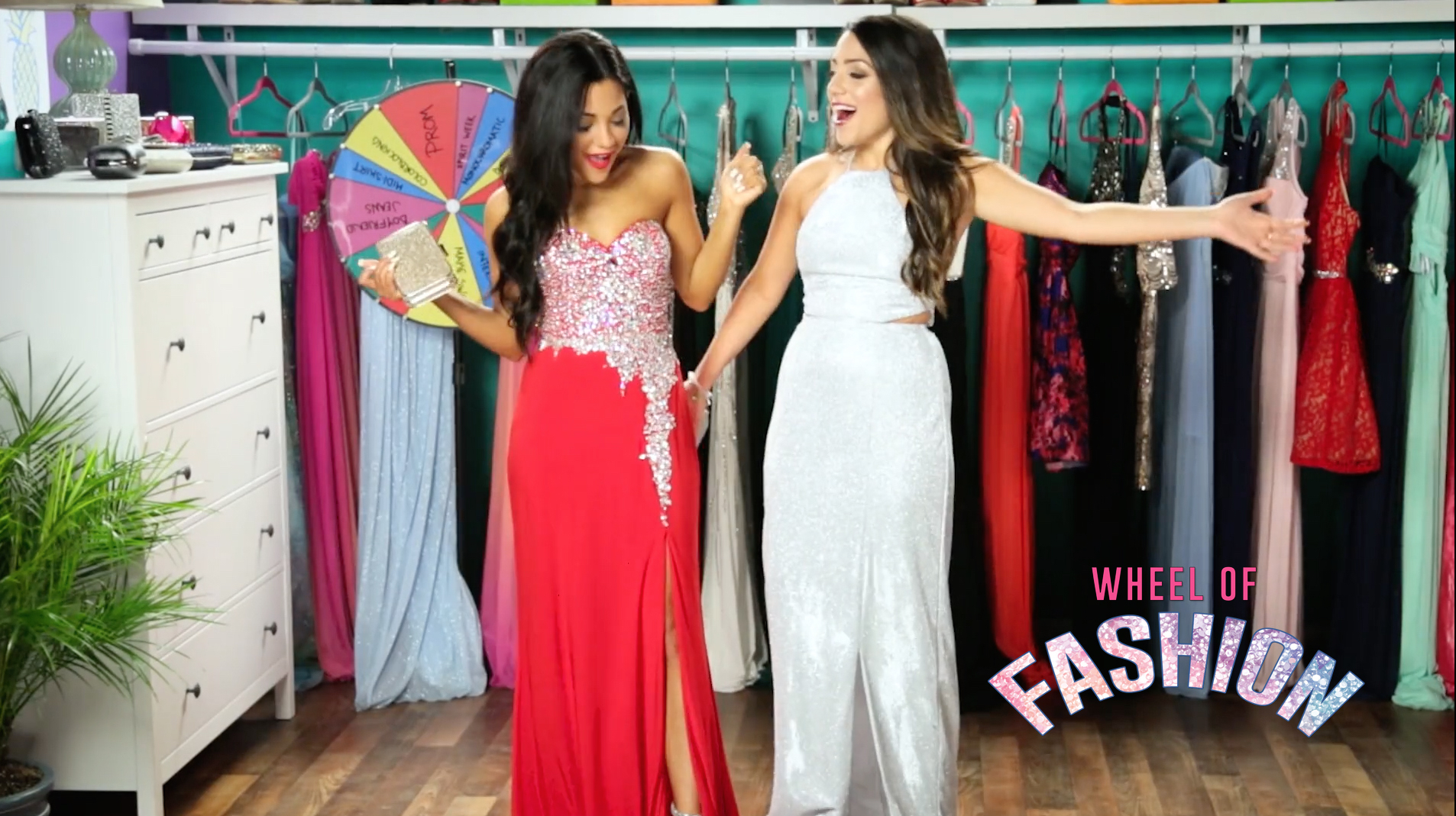 Niki And Gabi Wheel Of Fashion