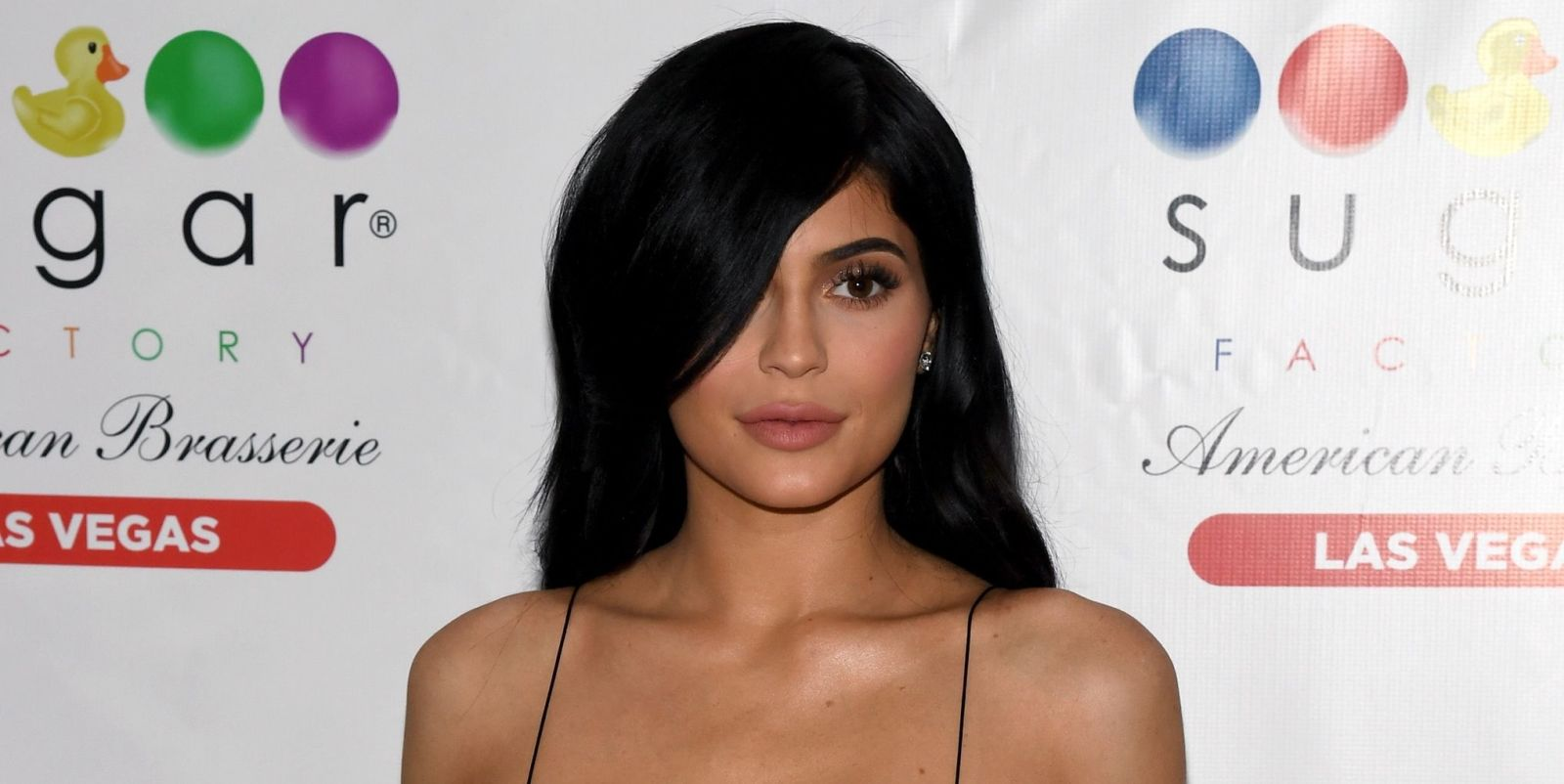 Kylie Jenner Wears Skin Tight Dress, Holds Hands With Travis Scott