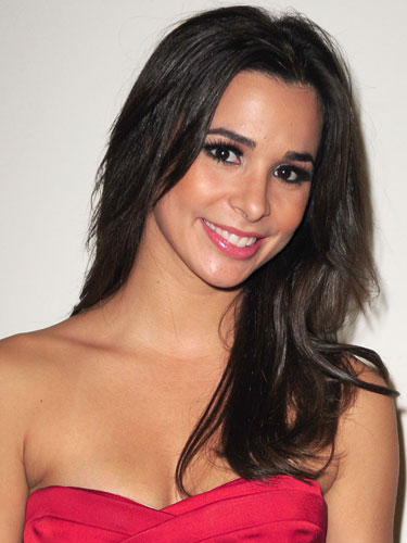 Josie Loren earned a  million dollar salary - leaving the net worth at 1 million in 2017