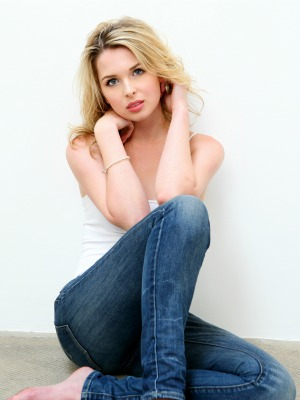 kirsten prout 2015