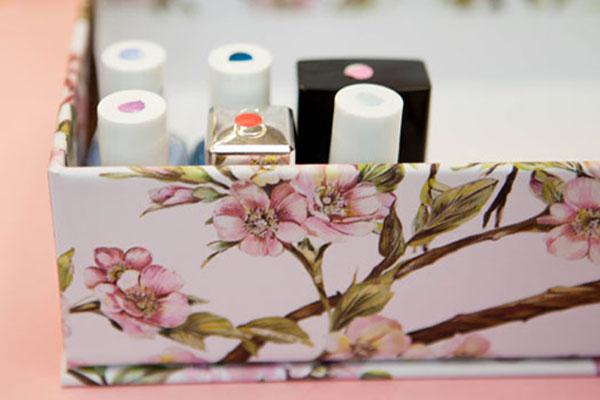 10 cosas geniales para hacer con un esmalte de uñas - Imagen 8