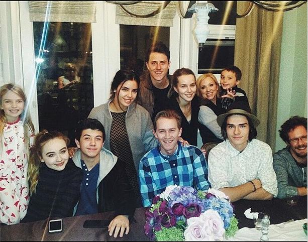 Good luck charlie cast reunion bridgit mendler reunites with good