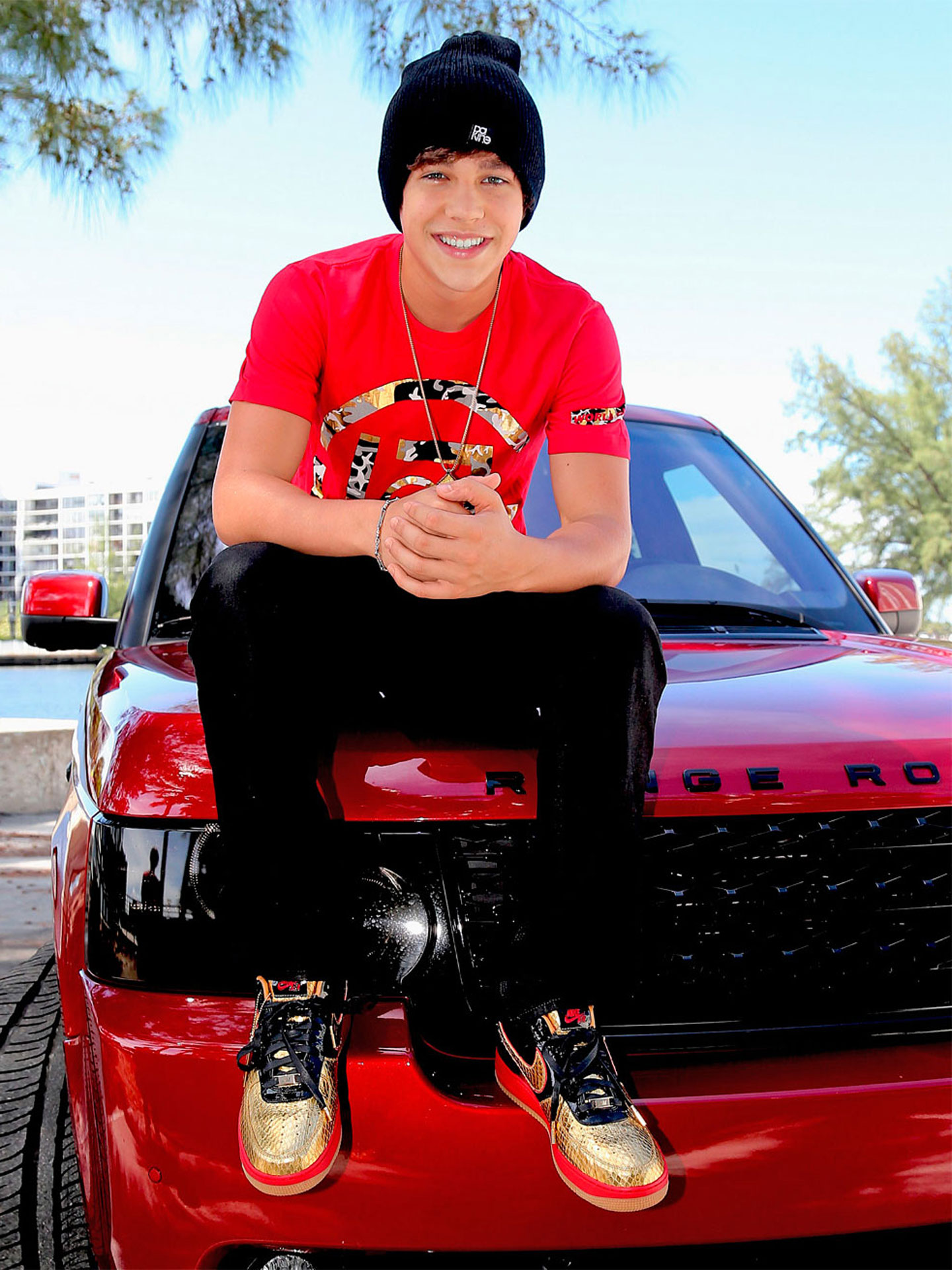 Relationship dating austin mahone games