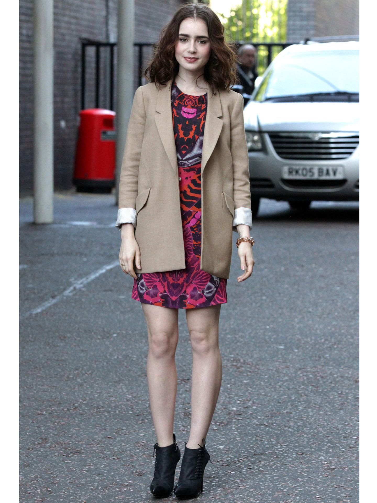 Lily Collins Fashion Quotes - Lily Collins Mortal ...