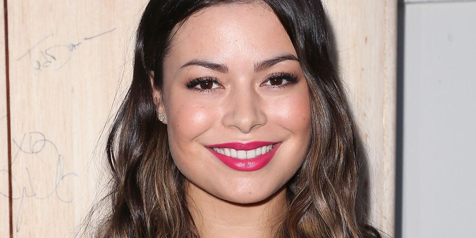 get a sneak peek at miranda cosgrove s first new tv role since icarly